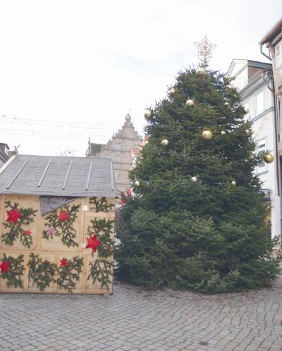 best 28 warum weihnachtsbaum warum verschandeln. Black Bedroom Furniture Sets. Home Design Ideas