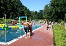 Menschen im Schwimmbad_Baxmannbad