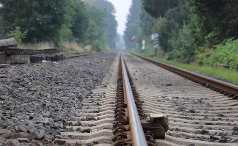 Auf der Strecke zwischen Bad Münder und Hameln ist die Deutsche Bahn derzeit mit Gleisarbeiten beschäftigt.