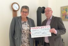Haworth Spendenübergabe