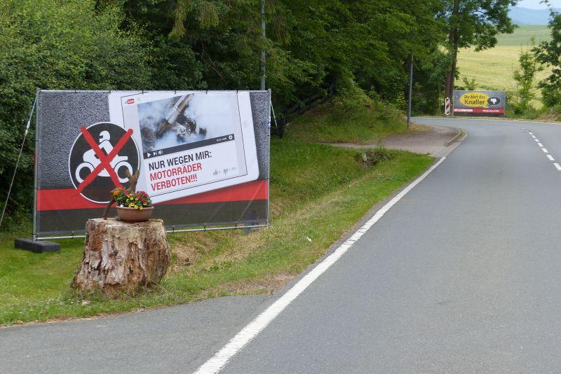 Anti-Raser-Kampagne- Banner