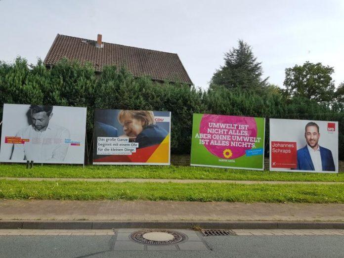 Plakatwände - Wahlen - Hachmühlen