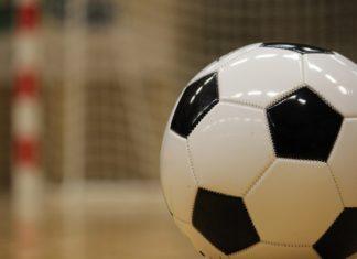 Fußball Halle - Pixabay(JeppeSmedNielsen)