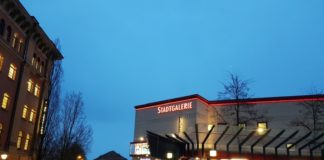 Stadtgalerie - Abend (1)