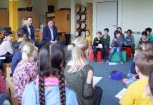 Besuch Grundschule Bad Münder_Schraps und Watermann