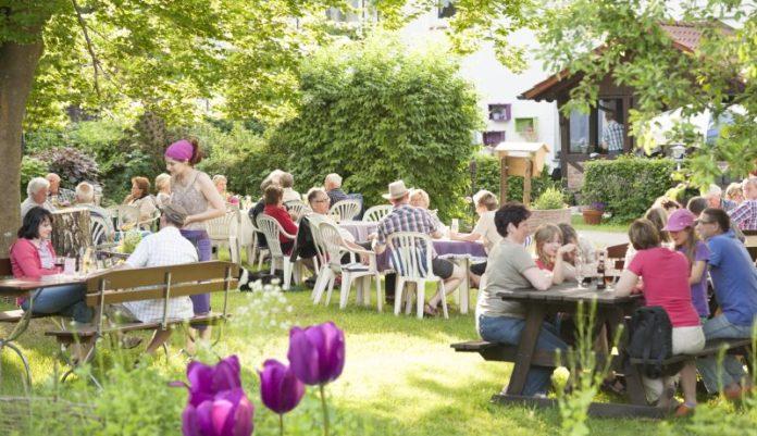 Biergarten - Gasthof Schellental