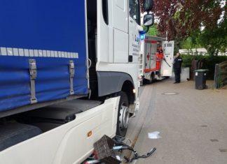 Unfall in Rinteln - Lkw schleift Fahrrad mit