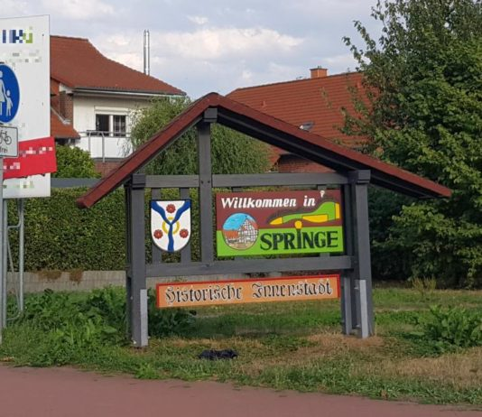 Willkommen in Springe - Schild
