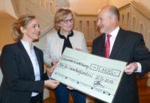 DRK Wunschbaum Spenden Aerzen