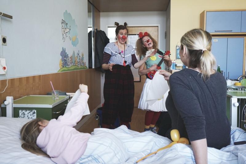 Freid Lotta Sana Clinic-Clowns