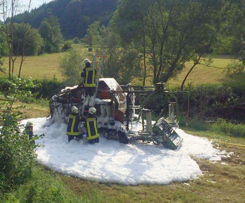 Feuerwehr_Ballenpresse