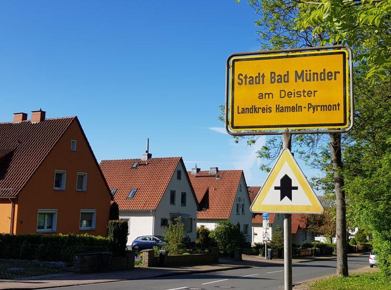 Bad Münder - Ortsschild 2 knop