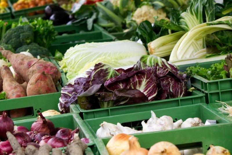 Gemüse_Wochenmarkt_Pixabay(distel2610)