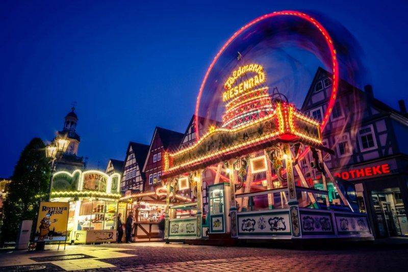 Rintelner Messe_ historisches Riesenrad - web